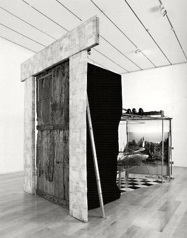 Duchamps etant-donnes-540x685